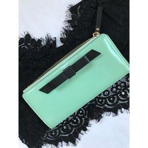 Kate Spade Mara Chelsea Park Teal Wristlet Wallet
